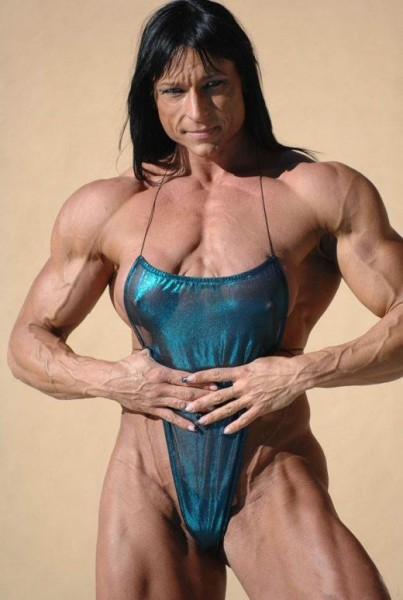 Wierd American Female BodyBuilder Pictures